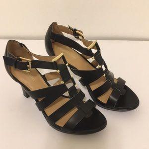 Women's Naturalizer N5 comfort black heels size 7
